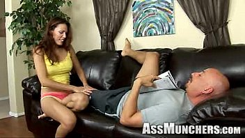 GIRLSRIMMING - Naughty threesome rimjob action with Cherry Kiss and Isabella De laa